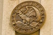 El presidente del Banco Central de Chile ve improbable un alza de tipos