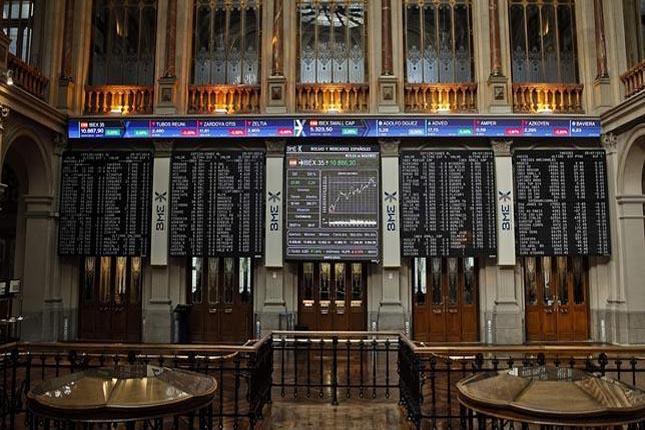 El Ibex 35 echa el cierre con una subida del 2,46%