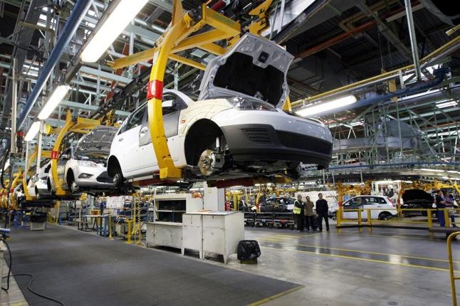 Descenso de la producción industrial en febrero