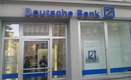 Deutsche Bank coloca 1.200 millones en bonos convertibles
