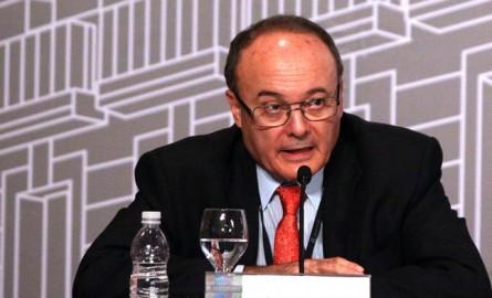 Linde (BdE) alaba a la banca española