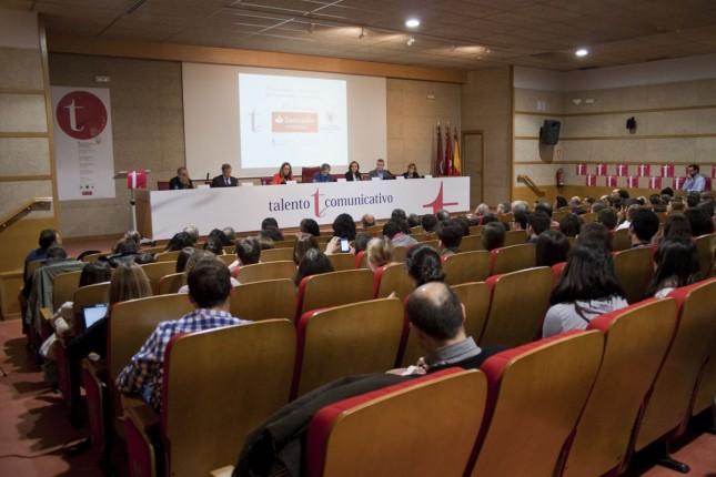 Banco Santander patrocina los premios 'Talento Comunicativo' de la UCM