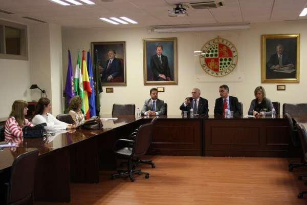 Banco Santander reafirma su apoyo a la UJA