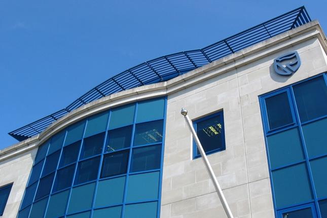 Standard Bank (Brasil) avanza negociaciones con el Grupo Inbursa