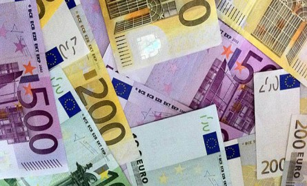 El Tesoro Público consigue colocar 4.107,09 millones