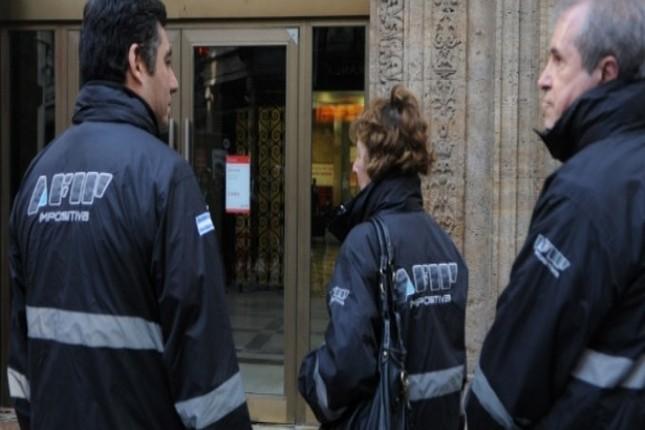 Argentina inspecciona más de 70 entidades cambiarias por lavado de activos