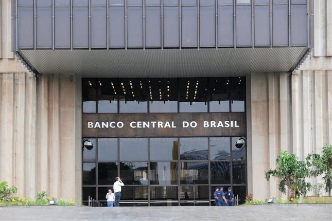 Brasil tendrá una contracción menor a la de 2015