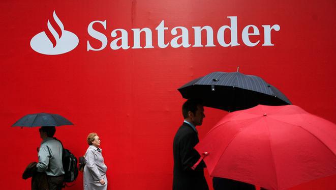 Banco Santander convoca 1.350 becas de movilidad internacional para España