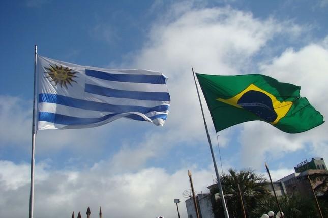Brasil y Uruguay comercializarán con sus propias divisas