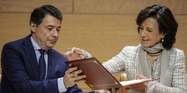 Ana Botín e Ignacio González firman convenio de financiación para pymes madrileñas