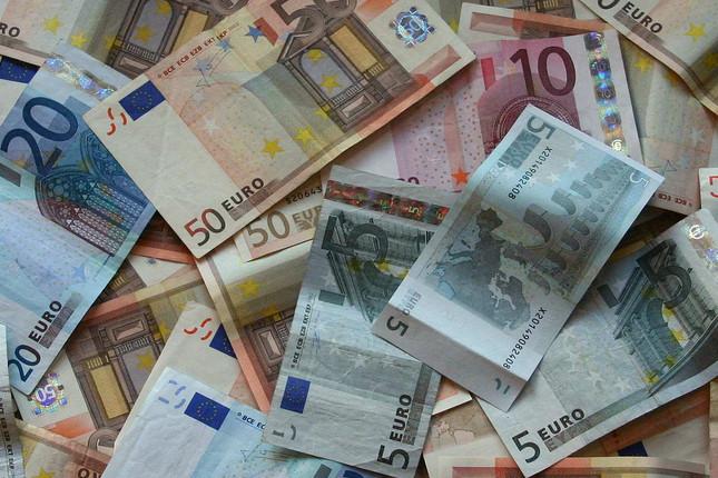 España tendría margen para subir el salario mínimo