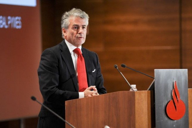 Banco Santander pide afrontar reformas pendientes y consolidar recuperación