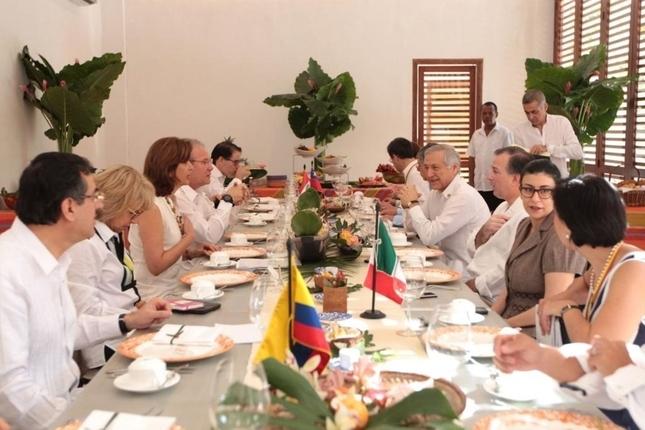 Alianza Pacífico y Mercosur buscan posibilidades de cooperación