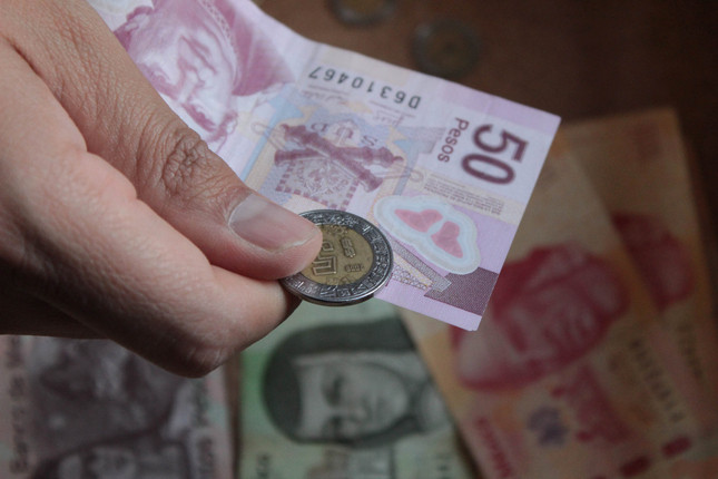 Peso mexicano es la moneda más defensiva en América Latina