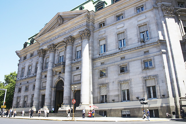 Argentina: el Banco Central posee menos de la mitad de las reservas declaradas