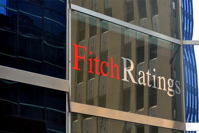 """Fitch Ratings: es """"difícil"""" utilizar fondos públicos para salvar banca italiana"""