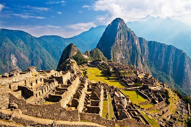 Sector turístico en Perú generó 2.714 millones de euros en el 2014