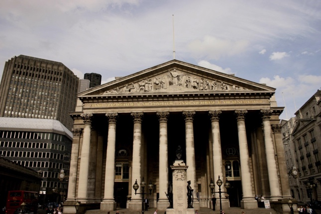 El BoE avisa que tomará cualquier rumbo para lograr sus objetivos
