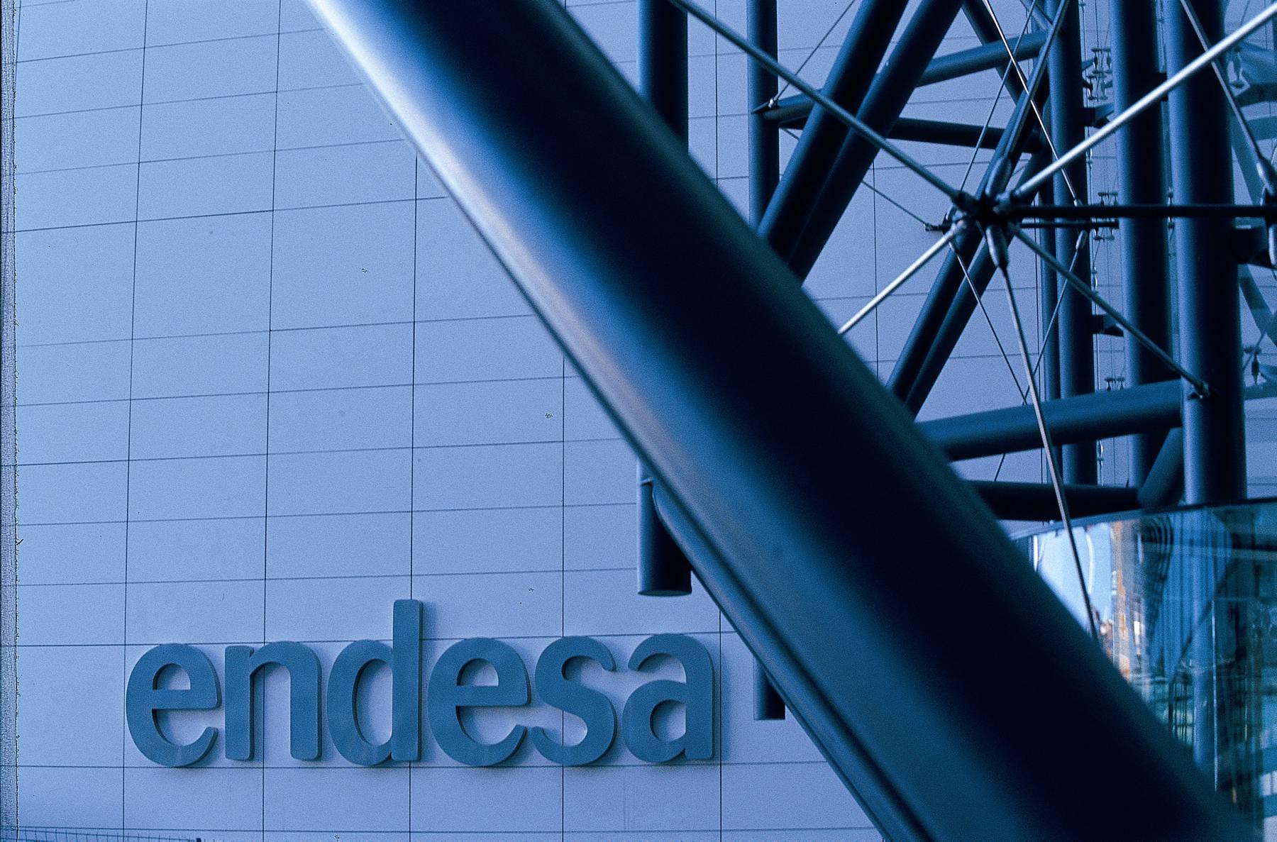 Endesa trabaja para garantizar el bienestar de clientes y empleados