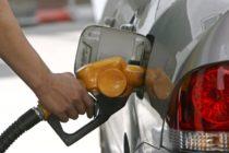 Los carburantes bajan por tercera semana consecutiva