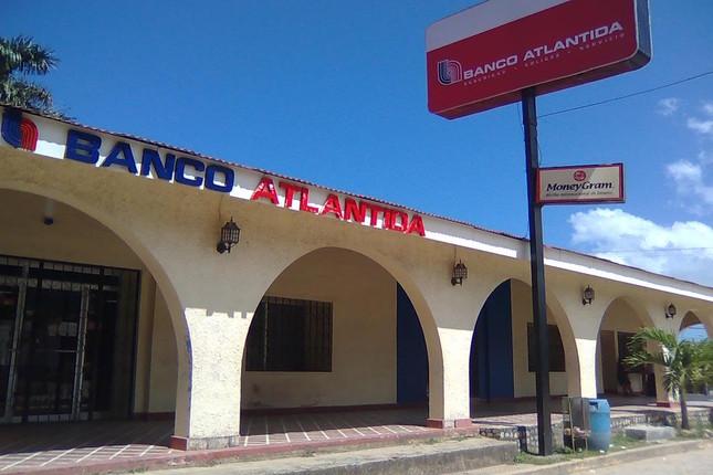 Banco Atlántida de Honduras quiere operar en El Salvador