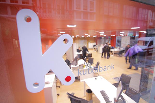 Kutxabank gana 54,1 millones hasta marzo