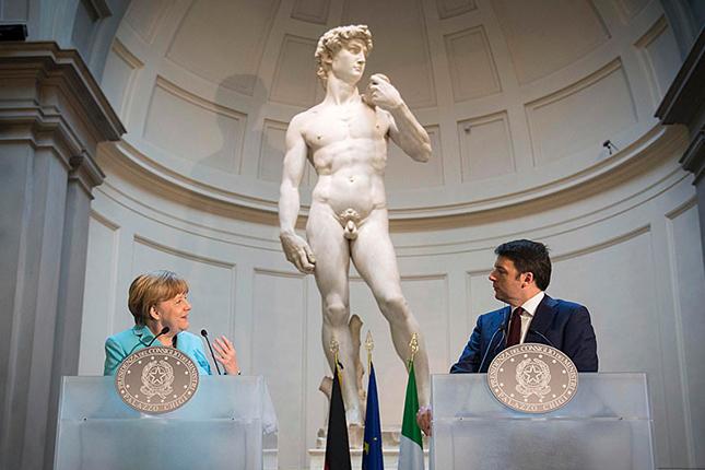 Merkel: las reformas deben continuar en la eurozona