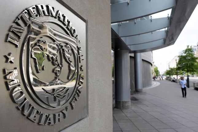 El FMI prevé una caída del PIB de Venezuela del 35%