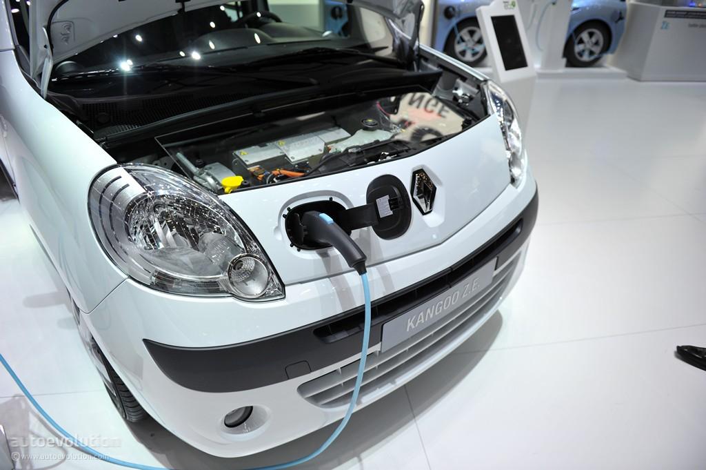 El coche eléctrico puede estancar la demanda petrolera