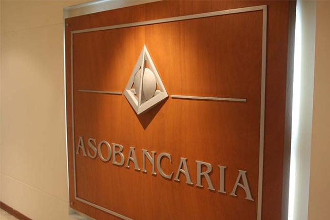 La banca de Colombia, tranquila frente a la desaceleración económica