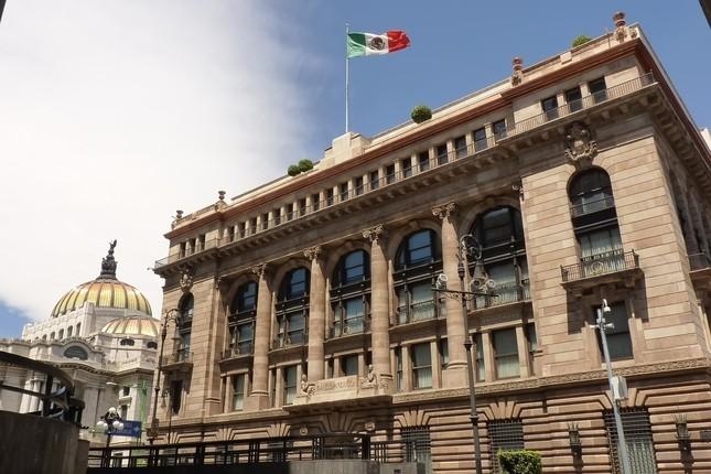 México registra un déficit público equivalente al 3,5 % del PIB