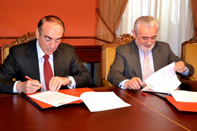 Banco Santander aportará 700.000 euros a los proyectos de la RAE hasta 2018