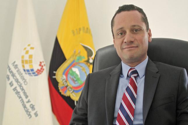 Ecuador cierra acuerdo sobre red 4G de telefonía móvil