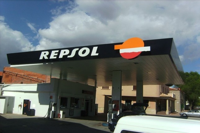 Repsol acelera su producción de petróleo un 2,6%
