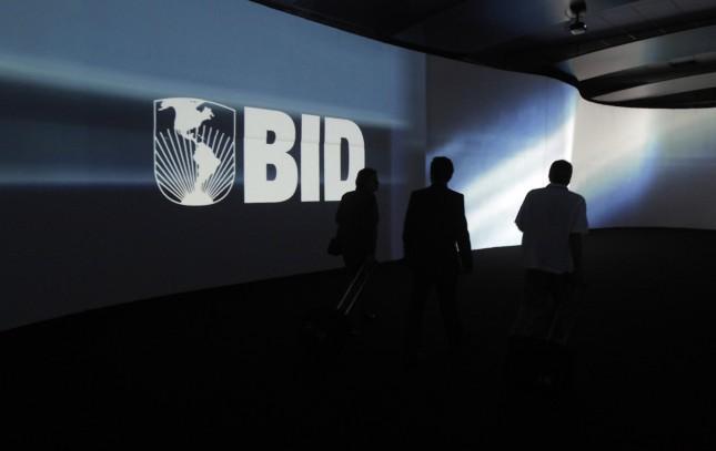 El BID aborda la recuperación económica post pandemia