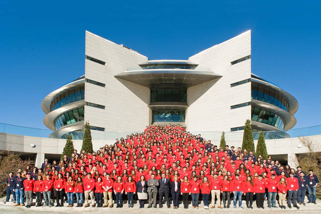 Banco Santander y la UFV patrocinan la X edición de las 'Becas Europa'