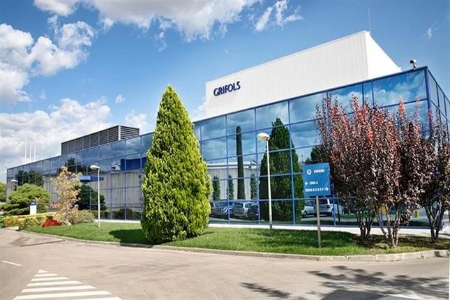 Grifols compra centros de plasma en Canadá y EE.UU.