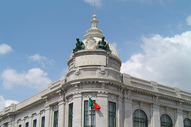 Banco de Portugal acepta 5 ofertas no vinculantes por Novo Banco
