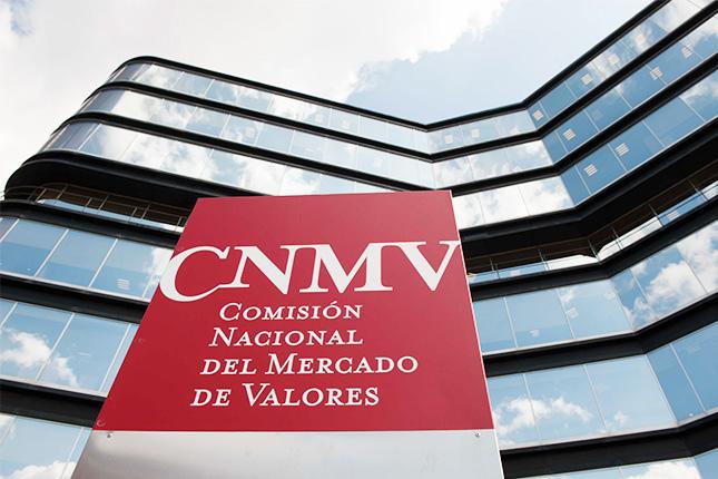 La CNMV cambia su web a violeta en el Día de la Mujer