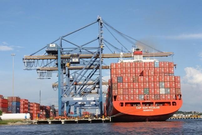 España quiere incrementar el tráfico marítimo con Latinoamérica