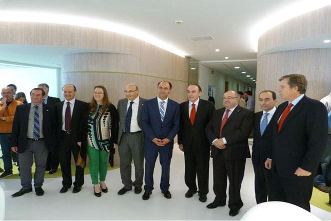 Banco Santander y la UC impulsan el crecimiento del CISE
