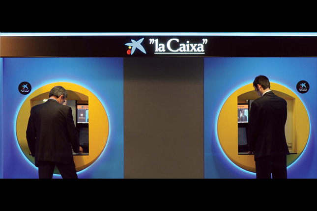 La UE solicita detalles sobre el nuevo sistema de pagos en los cajeros de CaixaBank