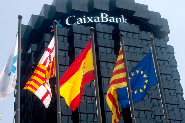 CaixaBank y AEVA celebran una sesión sobre productos financieros