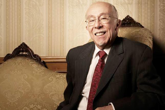 González−Vega, nuevo presidente de la Fundación Microfinanzas BBVA