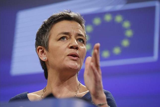 """Bruselas considera que la banca española está """"mucho mejor"""""""