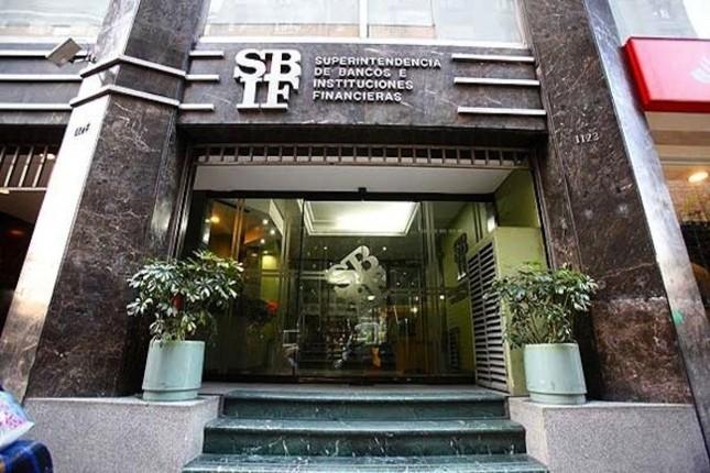 Chile: las ganancias de la banca caen un 25% en el primer trimestre