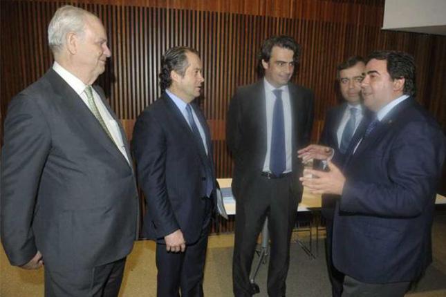 Abanca y la Diputación de A Coruña otorgan créditos dentro del 'Plan Activamos'