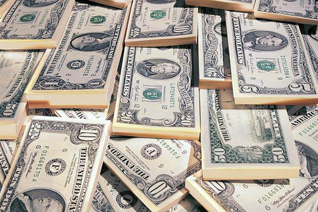 Déficit comercial de Estados Unidos se redujo 5,9% en Julio