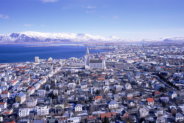 Islandia levanta algunos controles sobre capitales