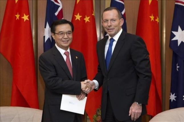 Australia y China firman un tratado de libre comercio